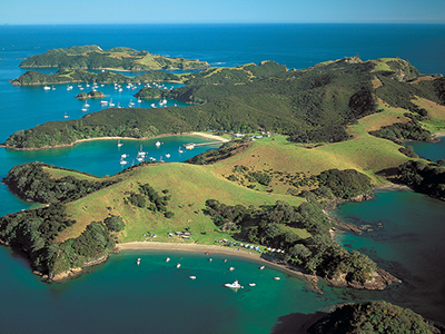 Places to see in Taupo Bay Northland New Zealand - explore the Bay of Islands