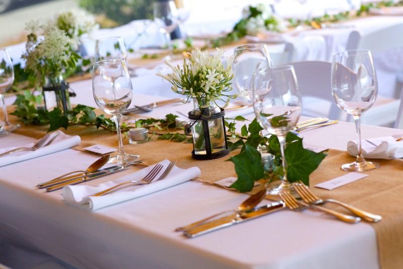 wedding table arrangement taupo bay lodge